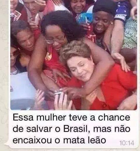 Mata leão na Dilma - meme