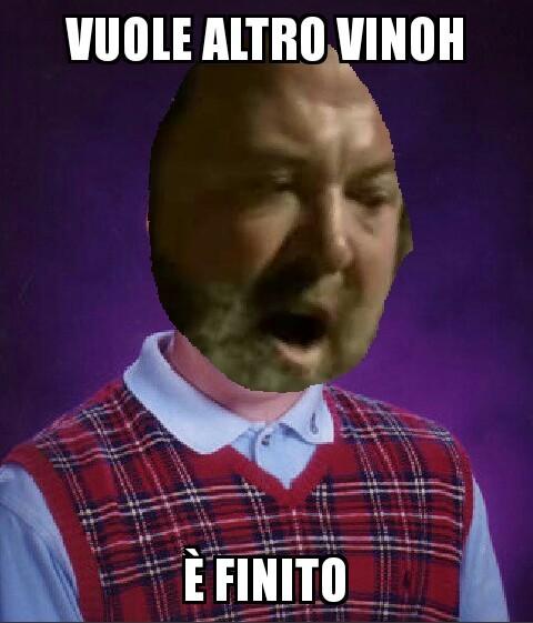 Mi sembra di aver dato via a una specie di crochete challenge ora il vinoh è ovunque cito rippir - meme