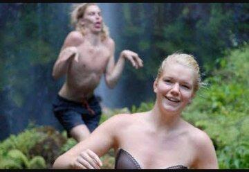 E depois da foto, a mulher foi atacada por esse majestoso porém mortal animal selvagem - meme