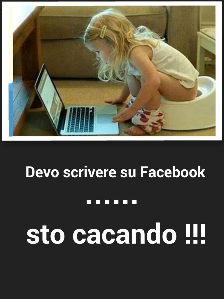 Devo scrivere su facebook - meme