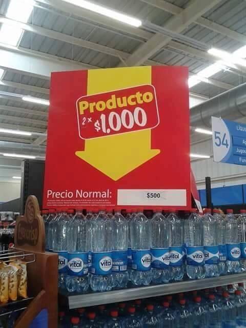 JAkjaa oferta del año solo pasa en chile - meme