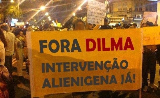 Dilma tem pinto - meme