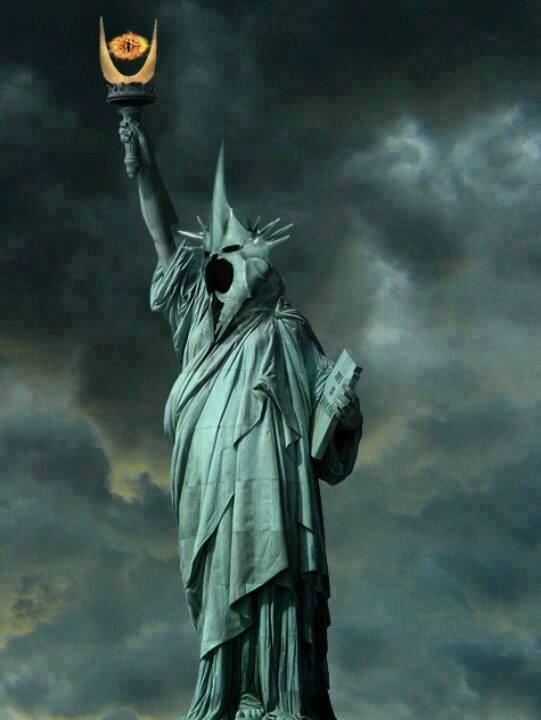 In. La statue de la tour de Sauron x) - meme
