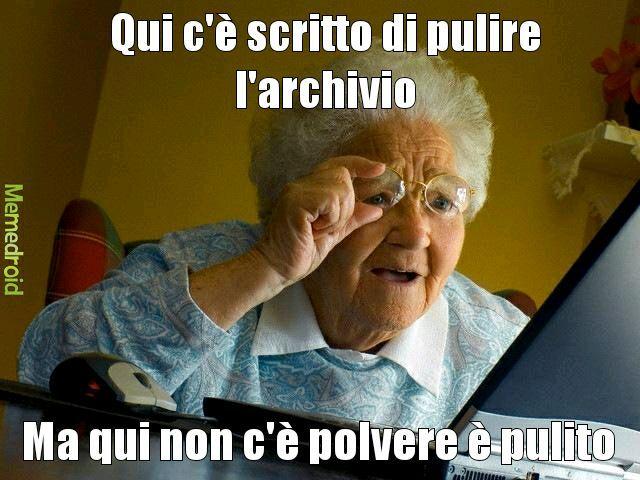 Nonna internet - meme
