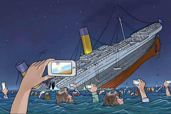 Si le titanic avait couler en 2015 - meme