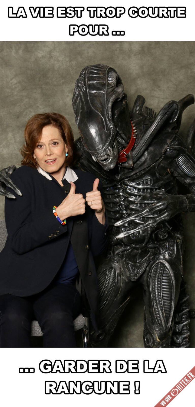 Alien et ripliey - meme