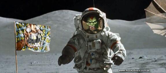 os brs foram os primeiros a pisar na lua - meme