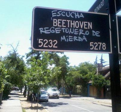 Escucha Beethoven - meme