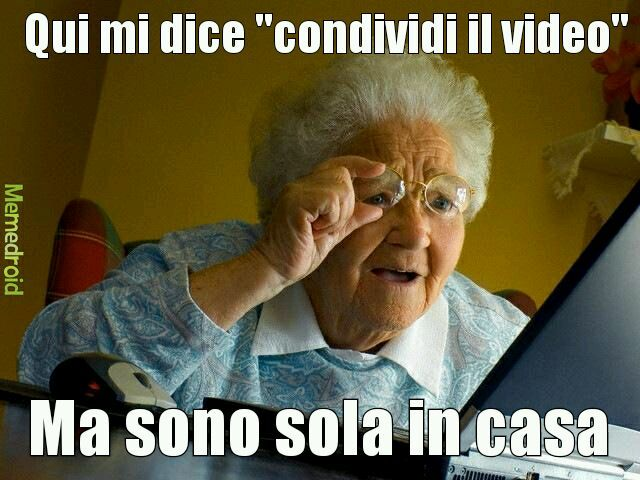 Vecchia forever alone - meme