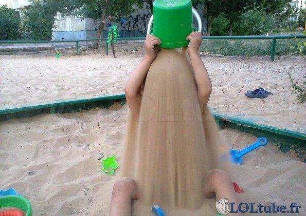 Une bonne douche de sable XD - meme