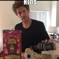 yea, that's Jason Nash the Viner if you were wondering.