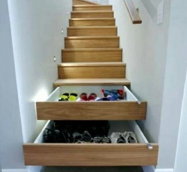 escalier double fonction - meme