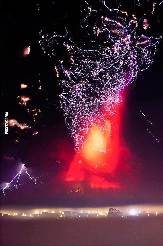 Volcán de chile - meme