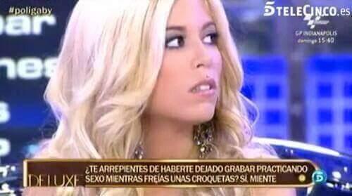 """""""útero sociable"""" - meme"""