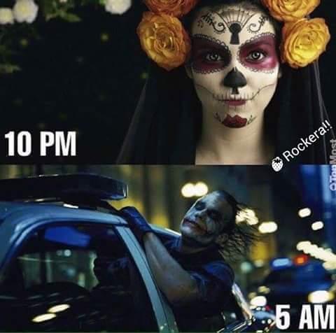 mientras tanto en halloween.. - meme