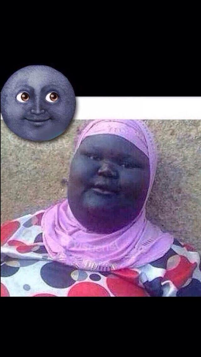 La luna acosadora - meme