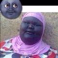 La luna acosadora