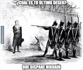 ¡Qué dispare Higuaín! - meme