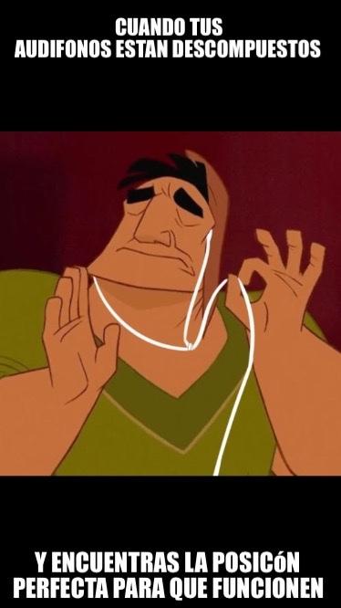 El titulo está escuchando música - meme