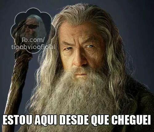 Gandalf mitando - meme