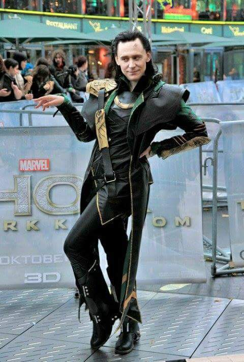 Loki es peor que una diva - meme