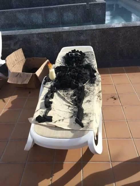 Caramba esqueci o protetor solar! - meme