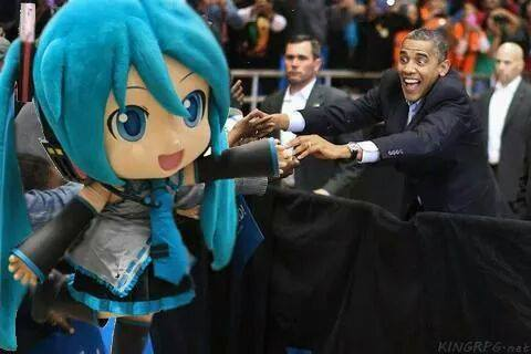 Y Obama encantado - meme
