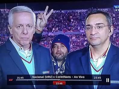 Libertadores>xampions - meme