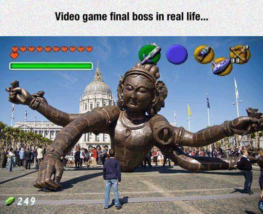 Boss fight en la vida real - meme