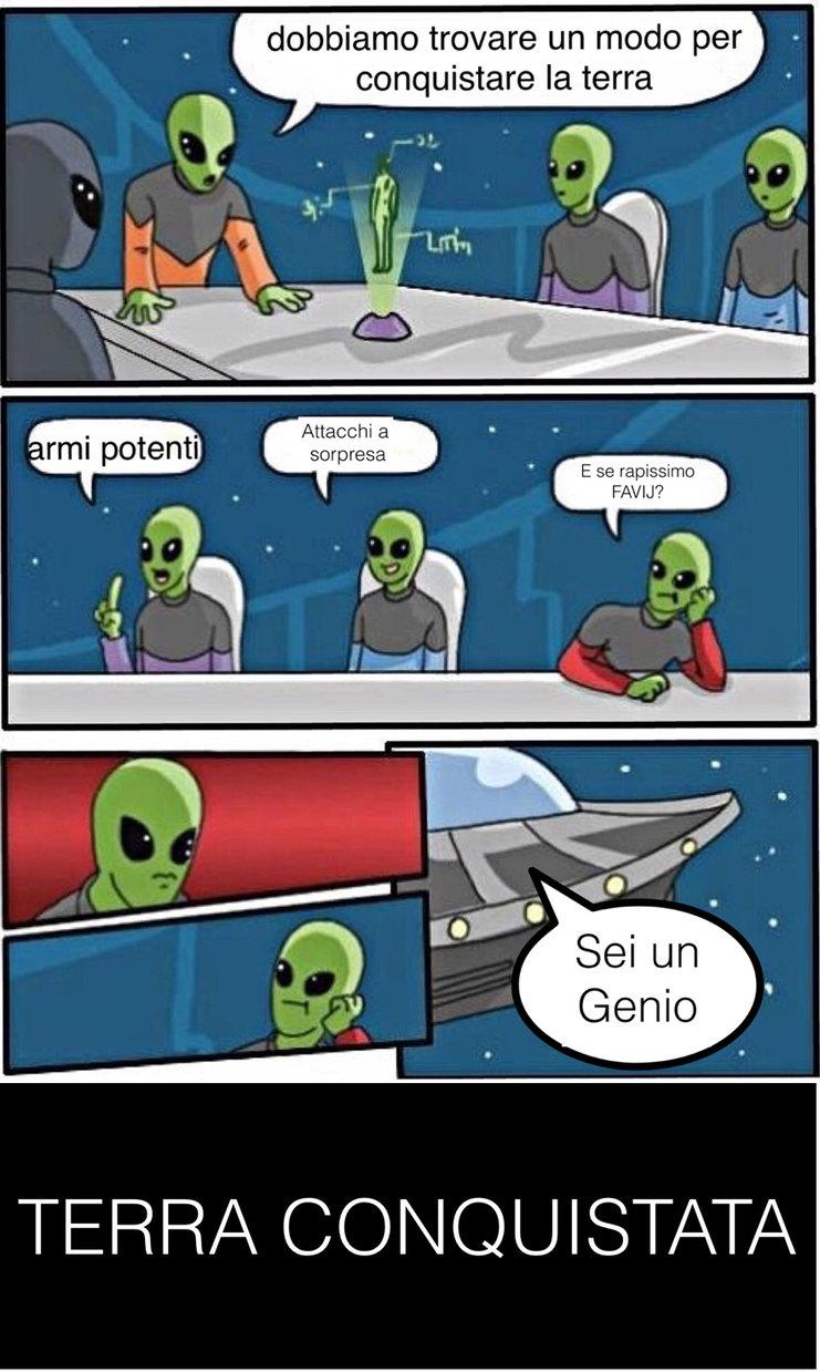 Alieni e FAVIJ - meme