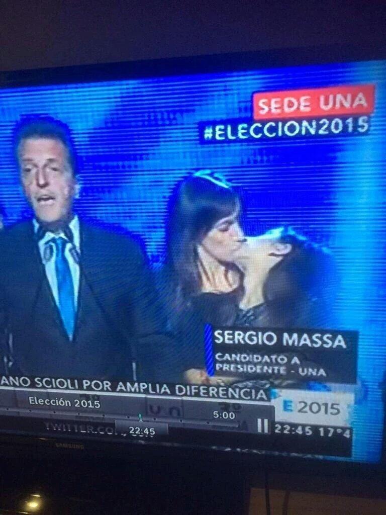 un beso lésbico presidencial! - meme