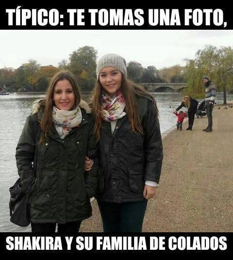 TIPICO Shakira De Colada... - meme