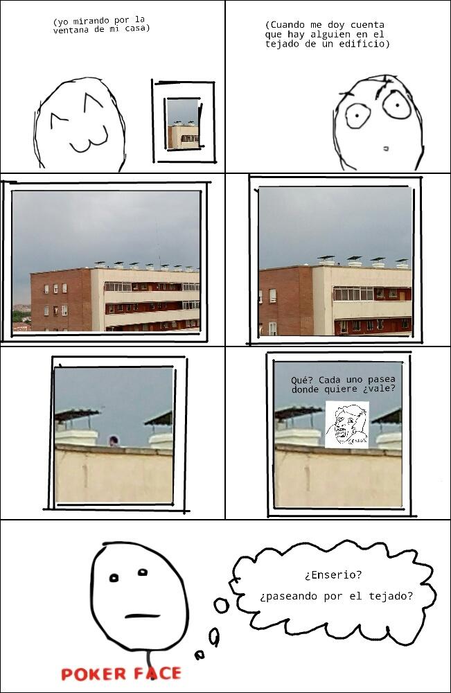 Paseando por el tejado... - meme