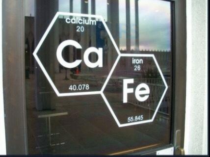 cuando eres quimico y tienes una cafetería - meme