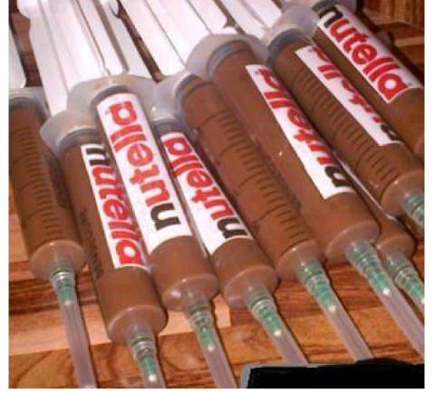 Nutella ♡♡ la droga de todos - meme
