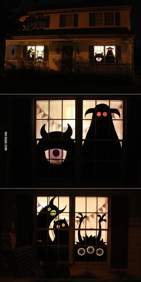 Sticker vitre dédié à halloween - meme
