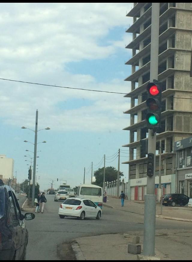 Feu rouge ou vert ? Algerie - meme