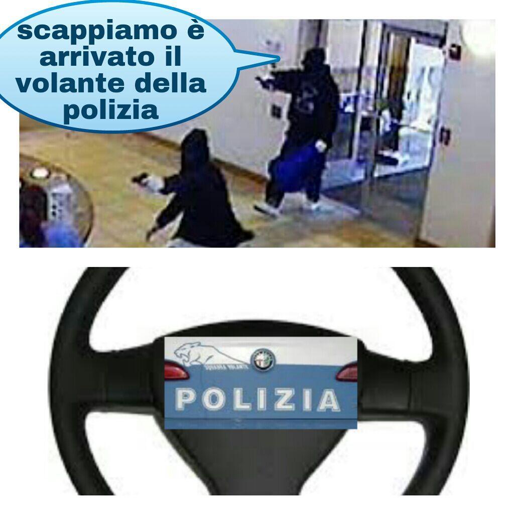 Volante della polizia - meme
