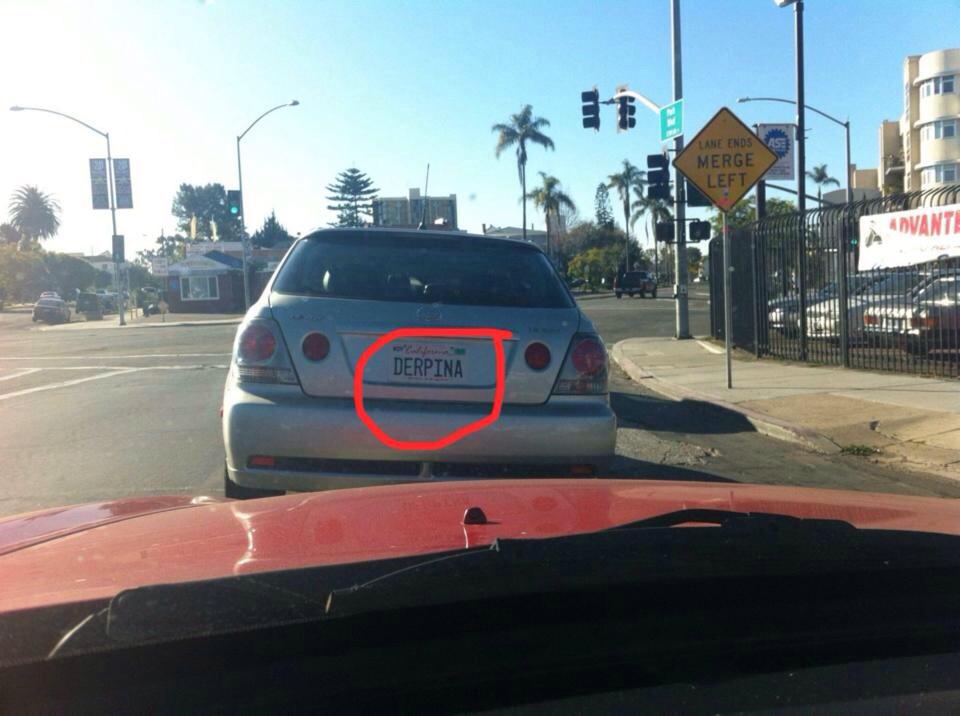 la voiture de derpina ?:)?)):):))?:)))):)))):)))):)))):)))):):)):)):))):)):):):):):):):)/)pourquoi ta lis jusque au bout ? - meme