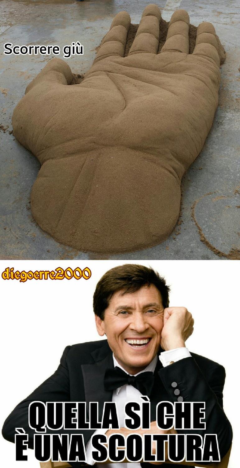 forse morandi ce l'ha più grande (la mano) - meme