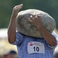 """D'ou l'expression """"avoir la tête dur comme une pierre"""" *BadumTss*"""