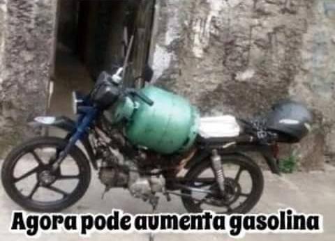 Huehuehue aqui e Br !. F**k de gasolina - meme