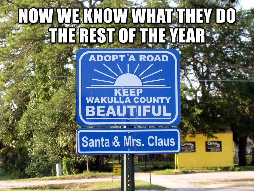 Santa Claus' off-season - meme
