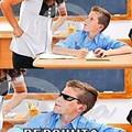 Mó chegou na escola e já ta tirando onda