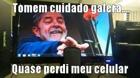 Lula roubou o título - meme