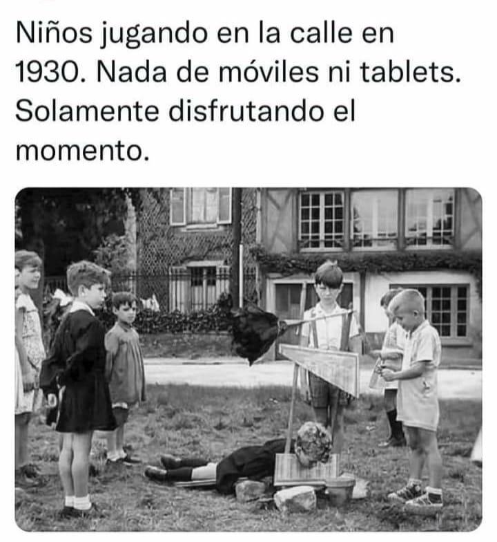 QUE BONITO JUGABAN - meme