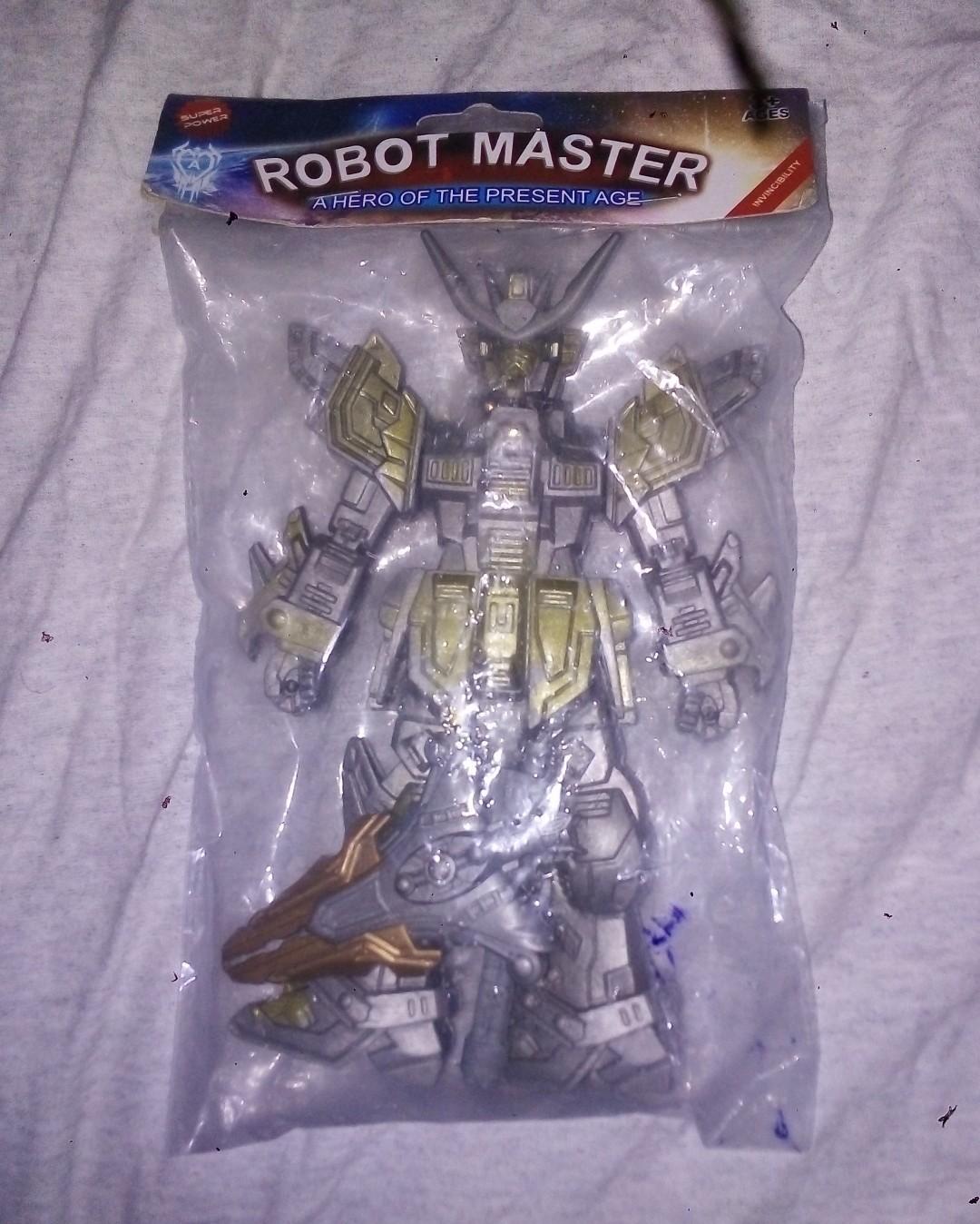 ••••••••••••••••••••••••••••••Miren el robot que venía en mí caja de cereal - meme