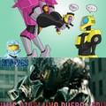 Buscando Starscream VS Bumblebee Cuando De Repente...