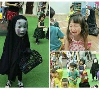 olha a cara de felicidade da criança..... - meme
