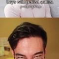 """""""Garotos e seus sorrisos perfeitos"""""""
